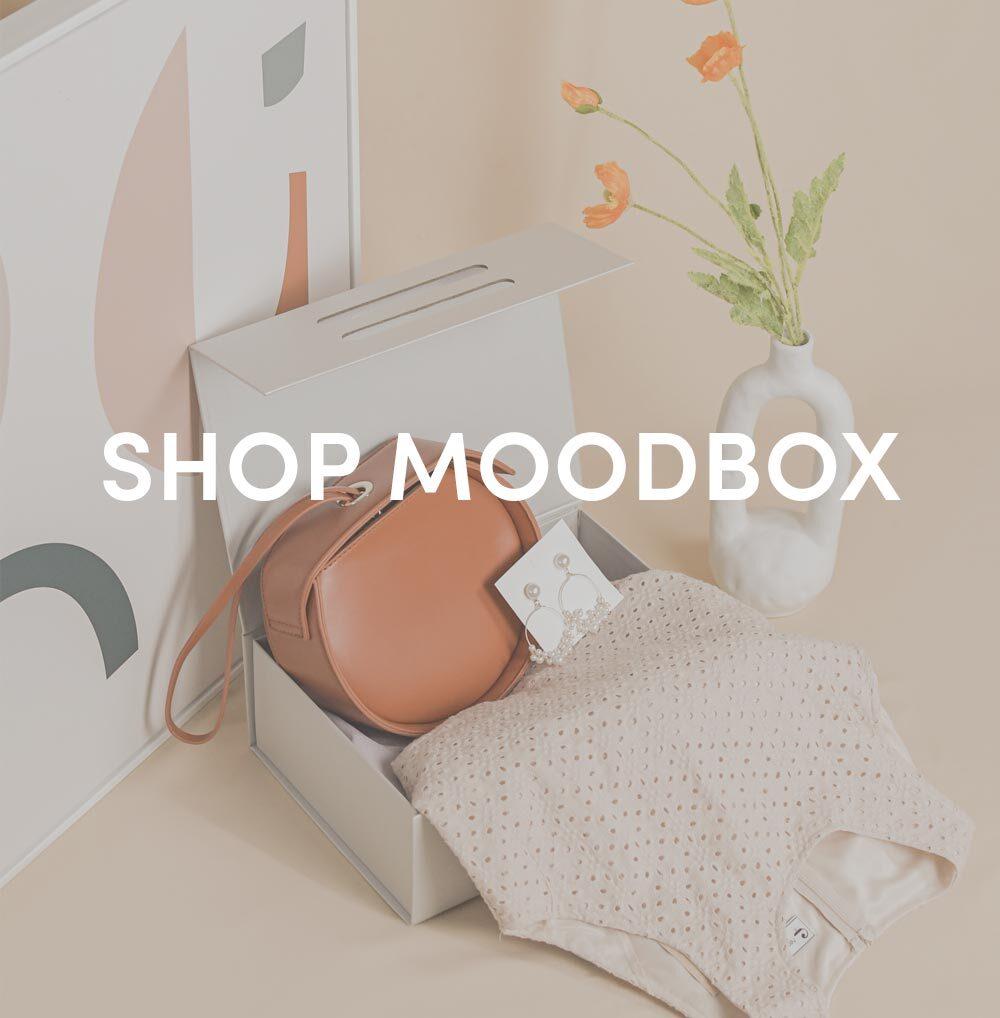 shop moodbox at her velvet vase