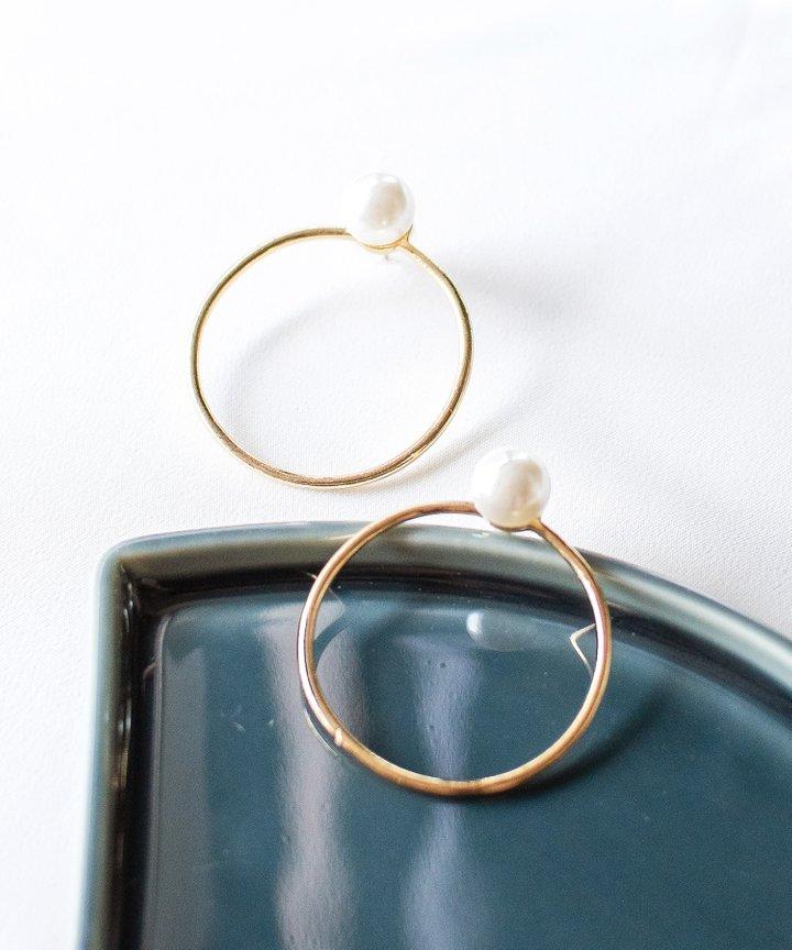 Chai Pearl Hoop Earrings