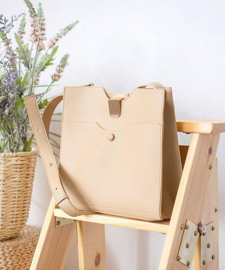 Spruce Shoulder Bag - Light Brown