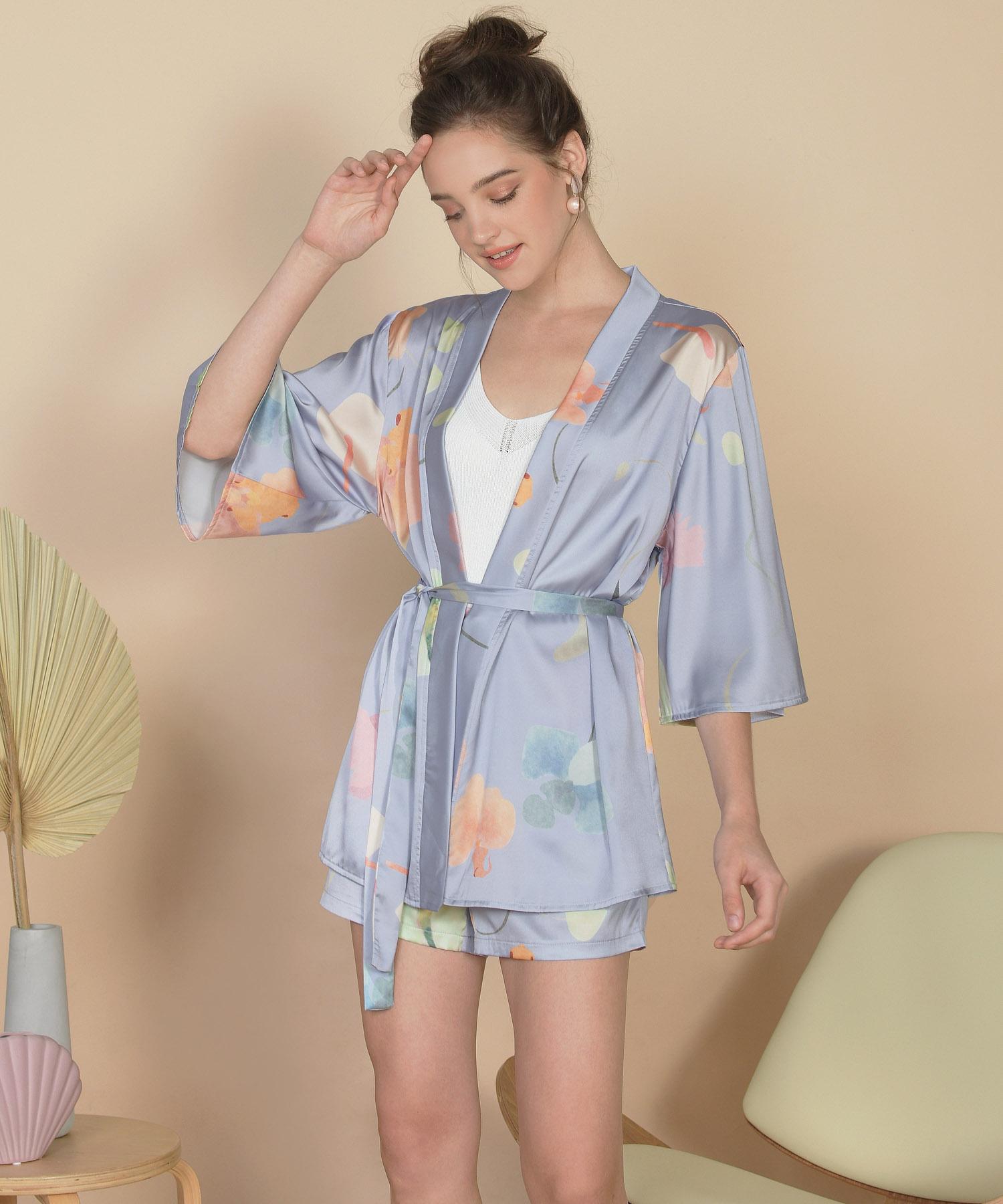 bellflower-kimono-hydrangea-blue-1