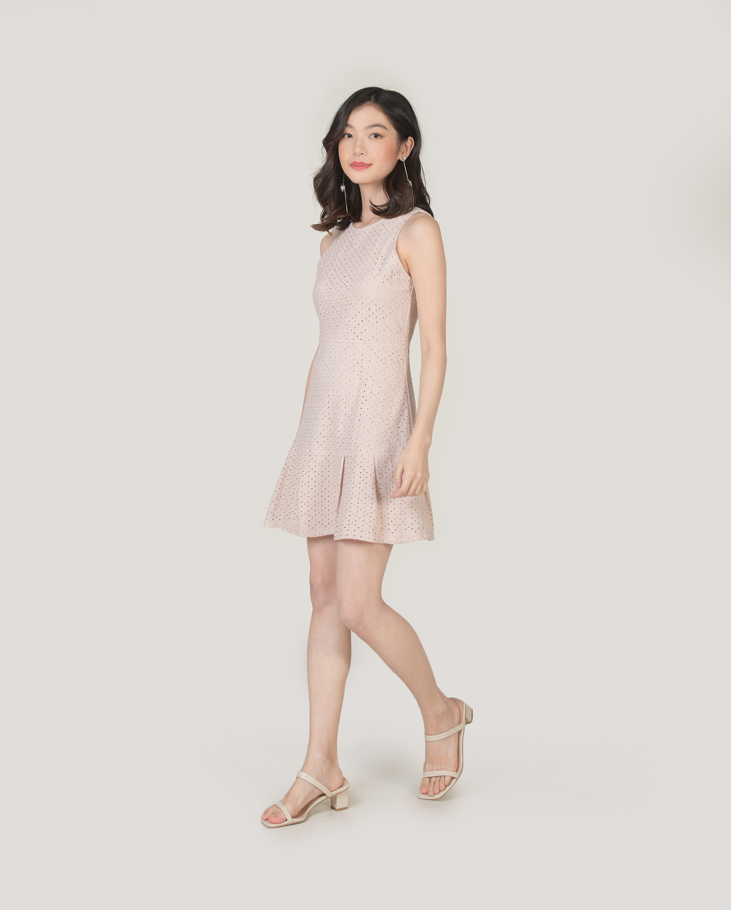 lilah-eyelet-dress-oatmeal-1