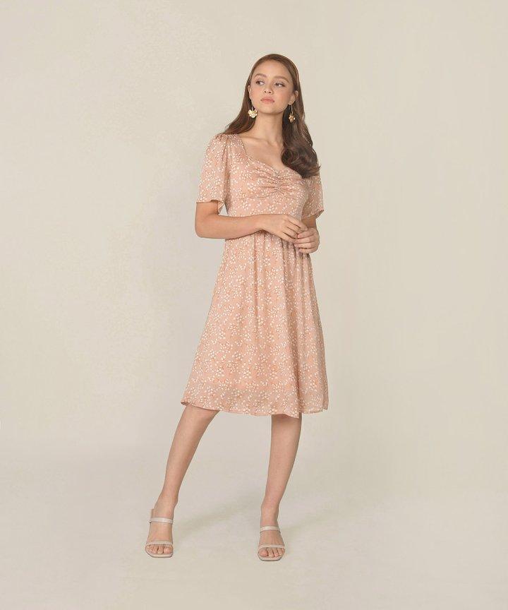 Escena Floral Midi Dress