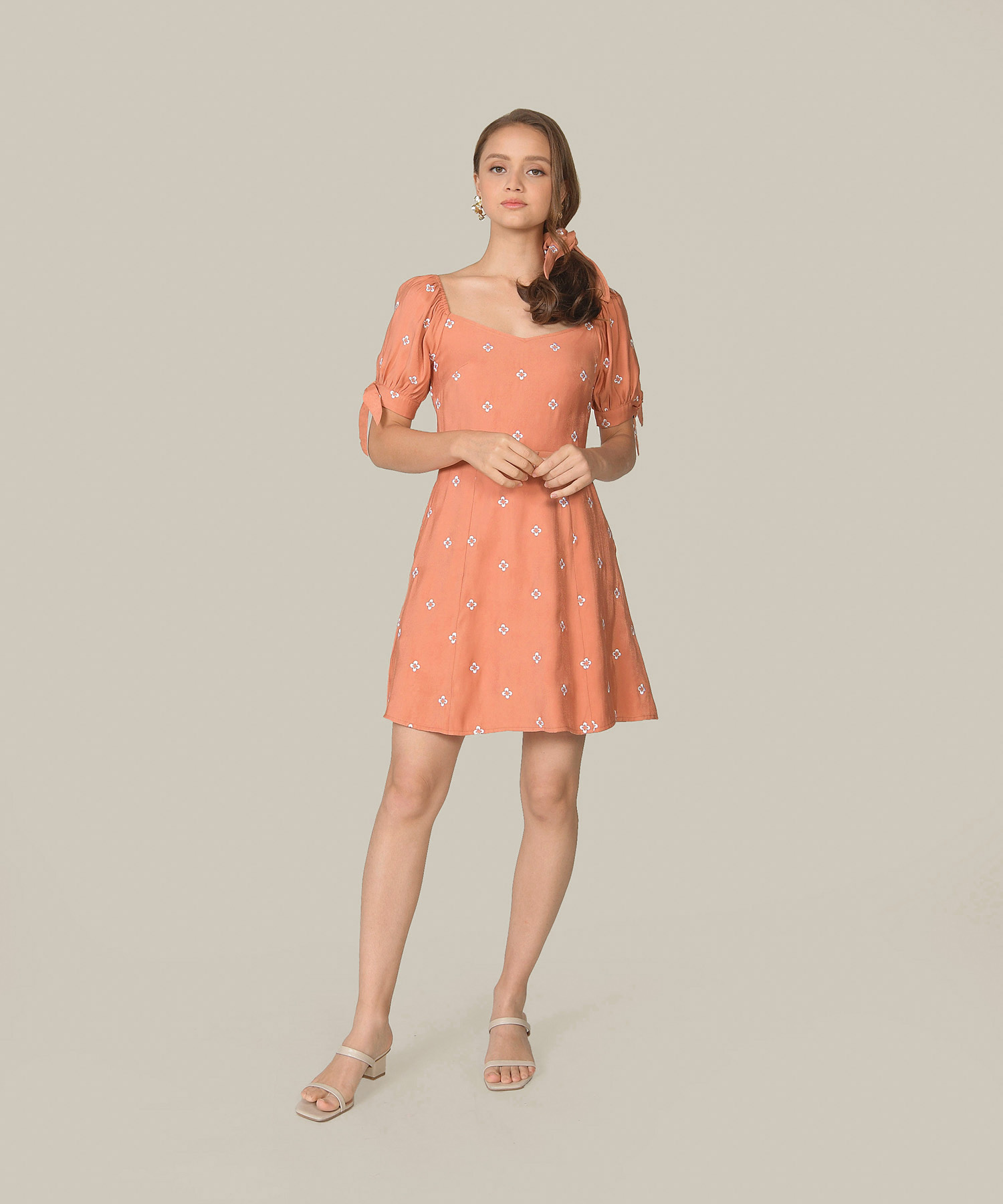 memento-embroidered-dress-coral-pink-1