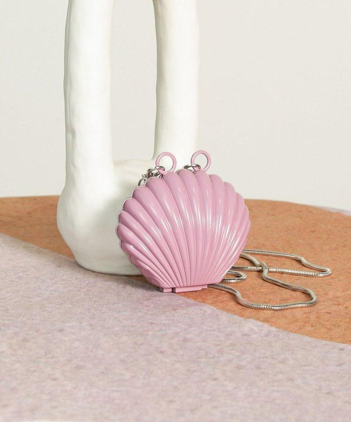 Visage Seashell Mini Clutch - Lavender