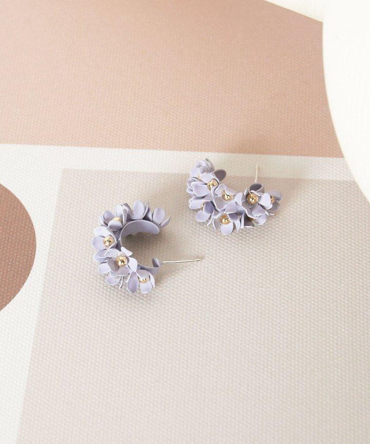 Wallflower Floral Earrings - Pale Lilac (Restock)