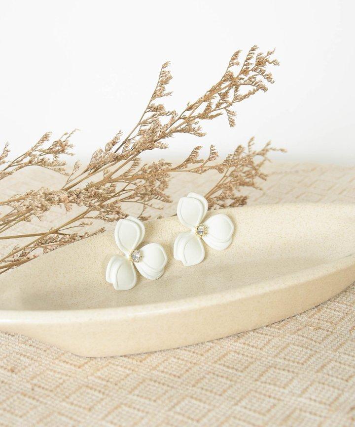 Mathie Floral Earrings