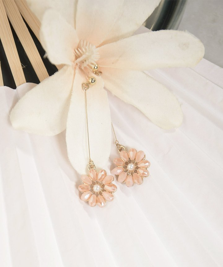 Gene Floral Drop Earrings - Pale Pink