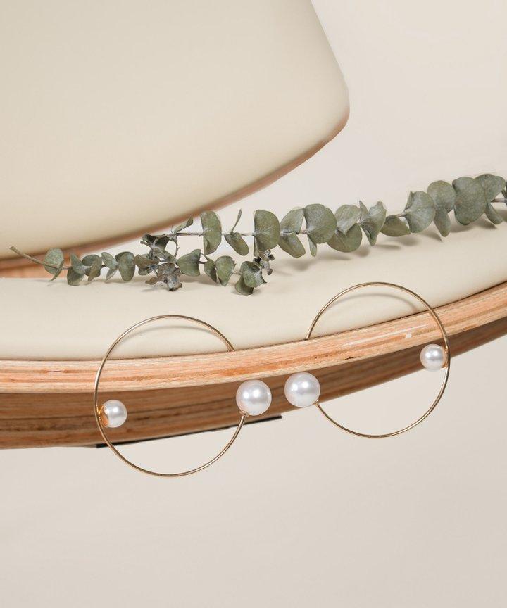 Neptune Pearl Hoop Earrings