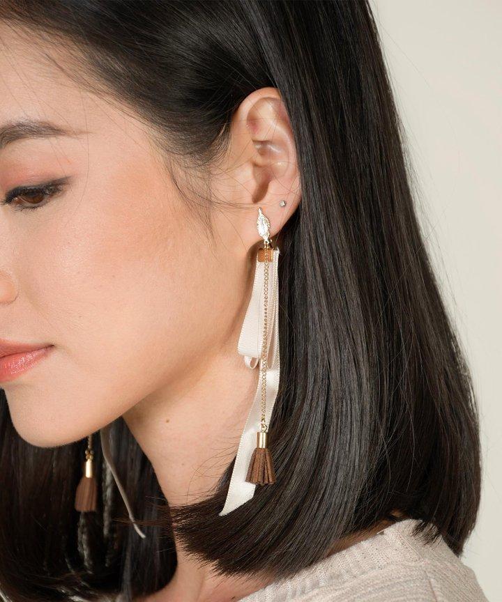 Yves Ribbon Earrings