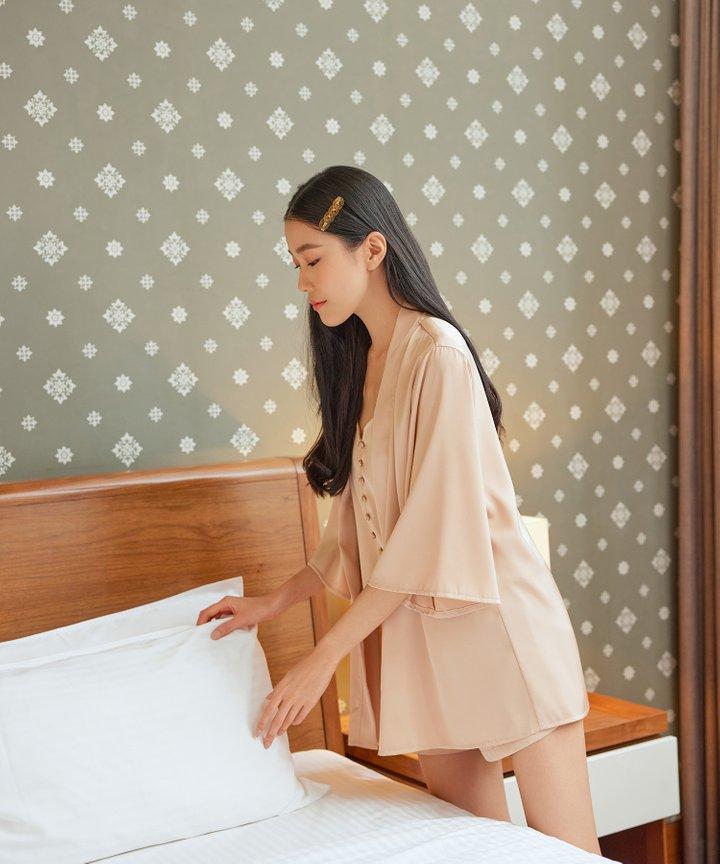 Daydream Satin Kimono - Rose Gold