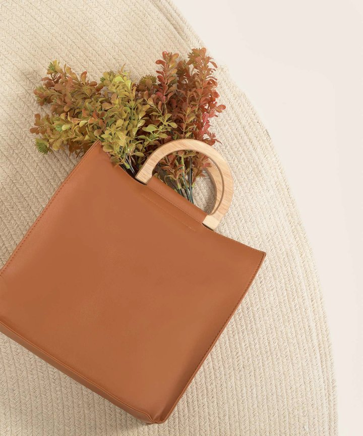 Quentin Wooden Handle Square Tote Bag