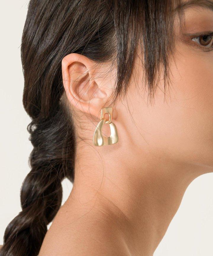 Tout Link Earrings