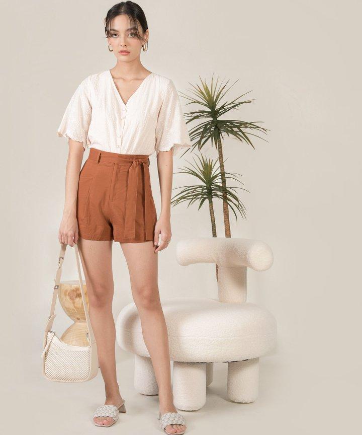 Lilley Linen Belted Shorts - Caramel