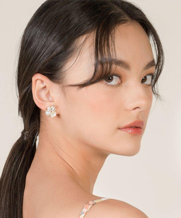 Luna Floral Pearl Earrings