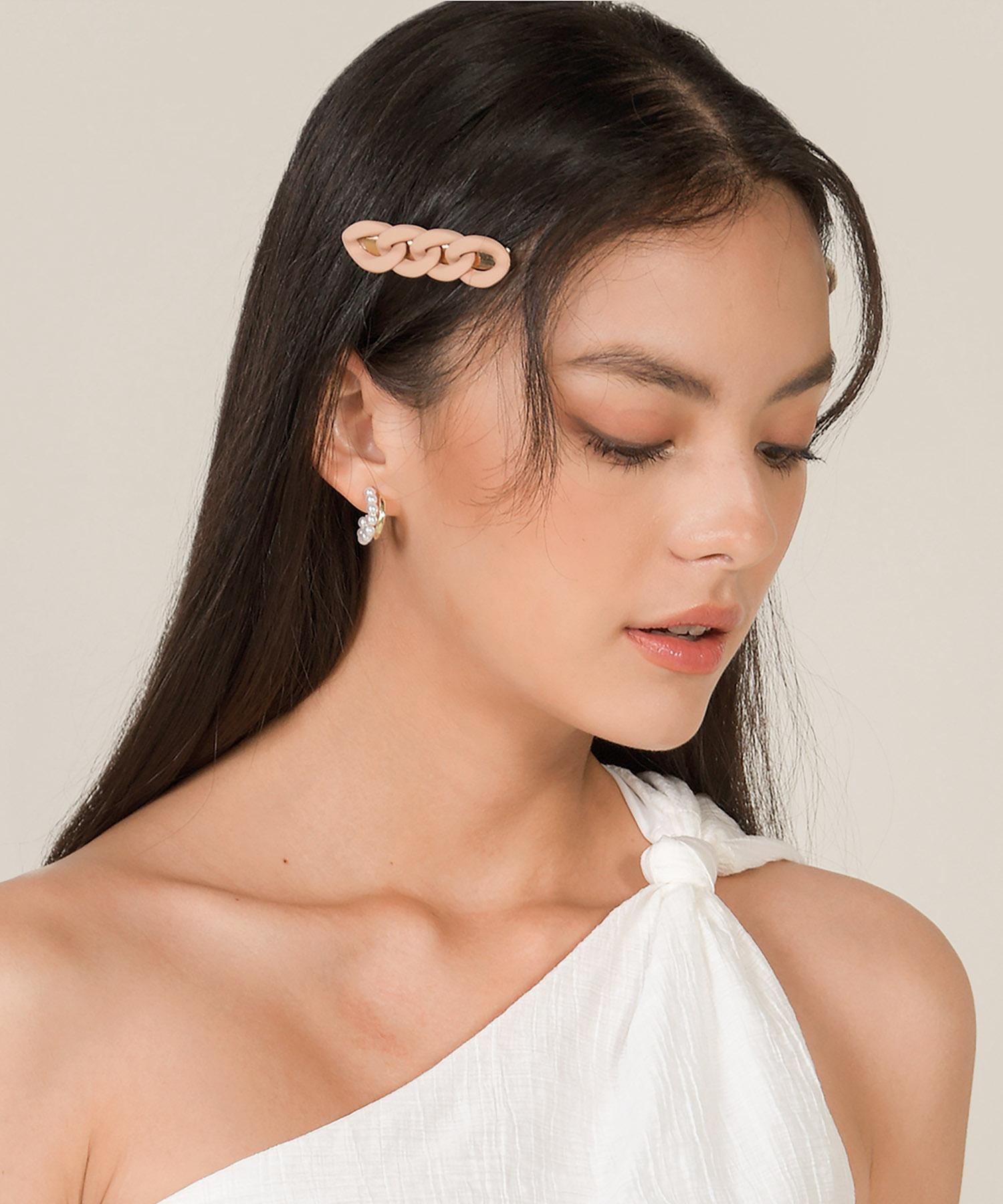 vita-chain-hairclip-blush-1